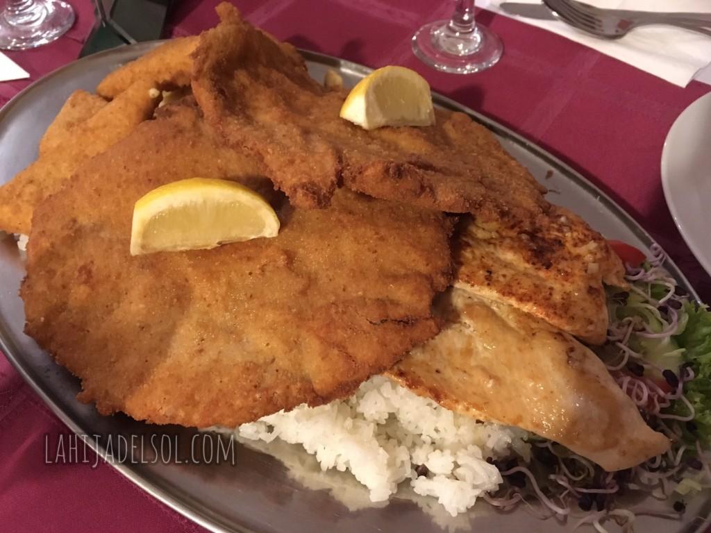 My first dinner in Budapest - Bécsi szelet (Wiener schnitzel)